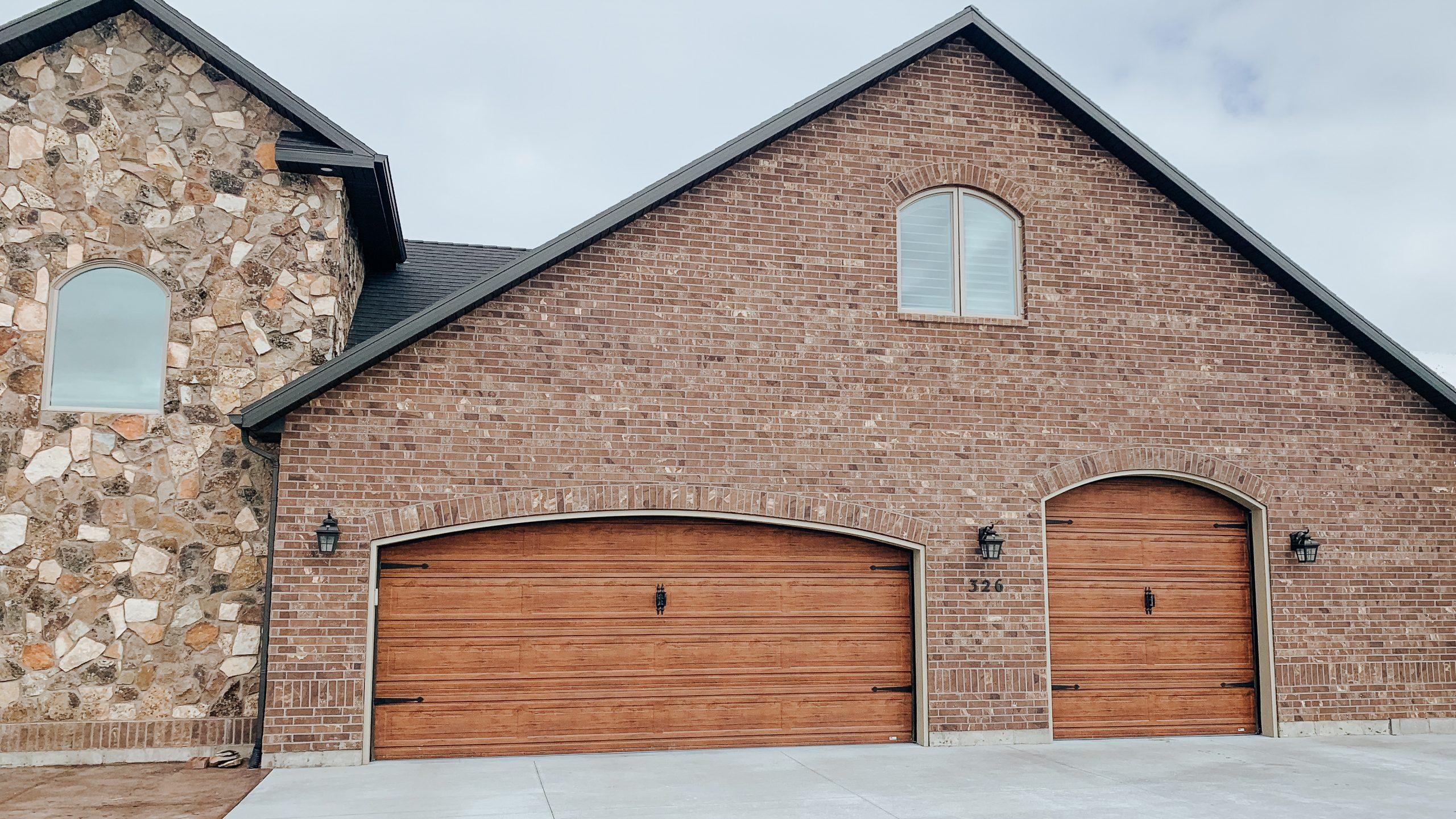 Martin wood grain garage door