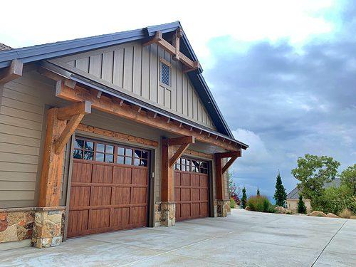 martin steel pinnacle walnut wood grain window style 163 side view